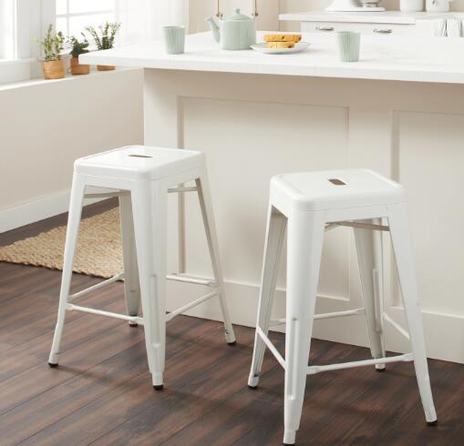 sturdy bar stool