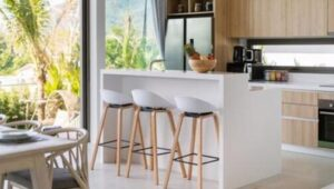 how to choose best bar stools with backs