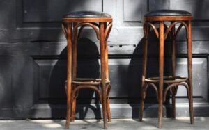 backless country bar stools