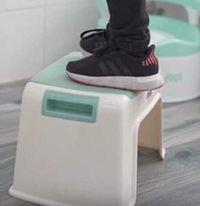 kids bathroom step stool
