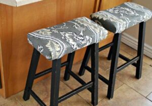 guides on making saddle seat bar stools cushions